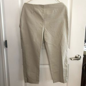 Chico's Size 2 So Slimming khaki cropped pants